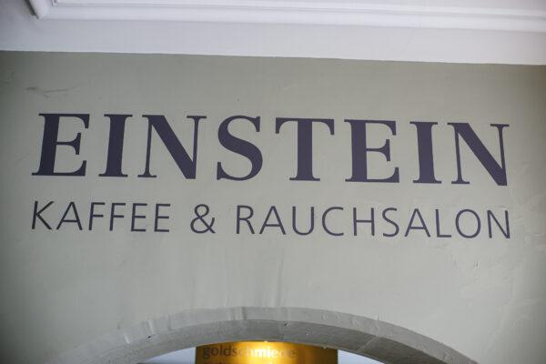 Einstein Café & bel étage