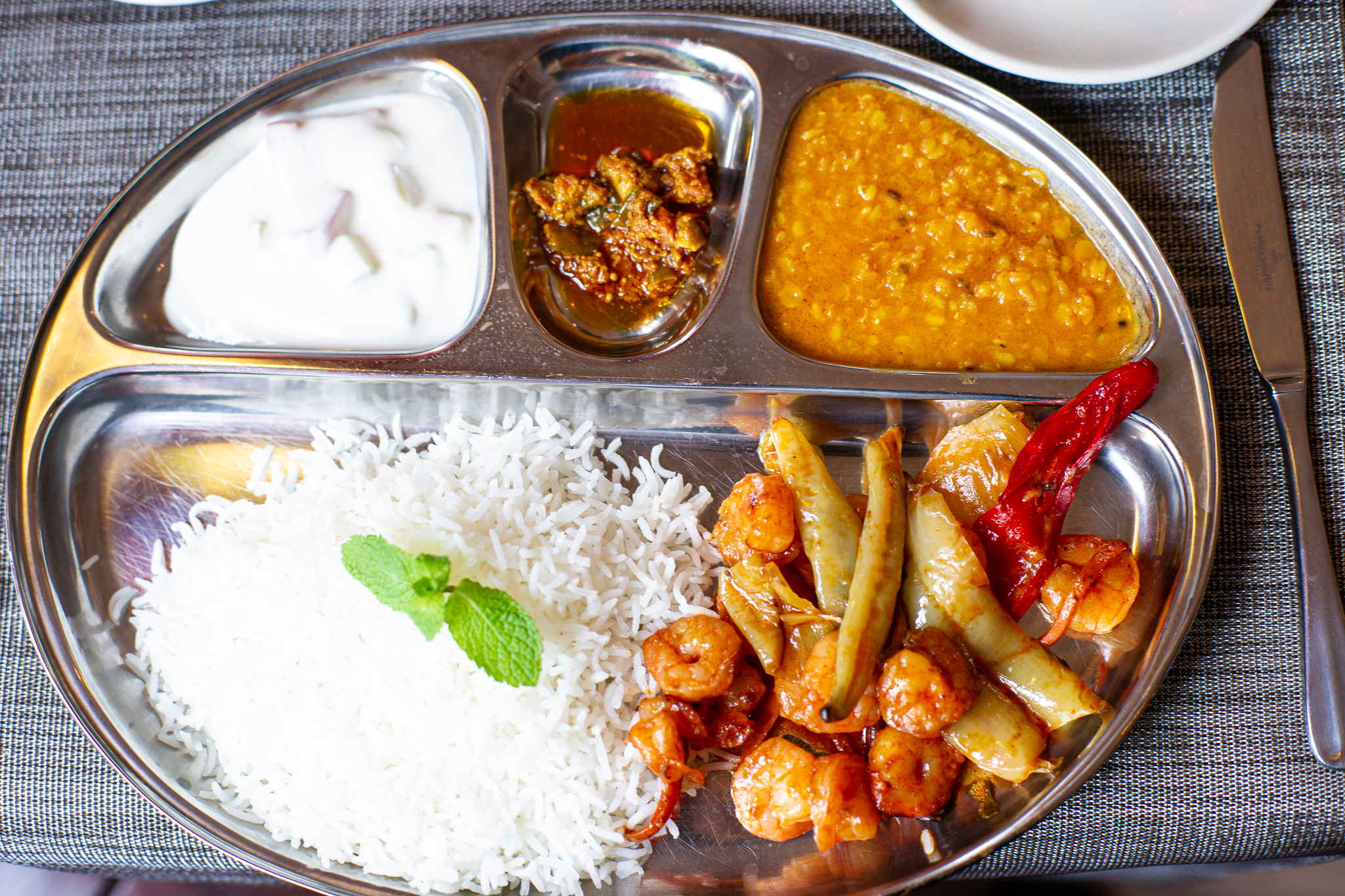 OKRA, Indisches Restaurant mit Gartenterrasse